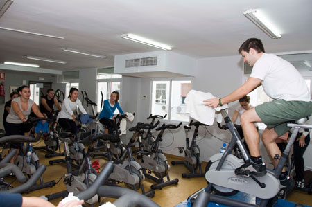 Cuesta sport gym in the center of seville for Gimnasio fitness rosario